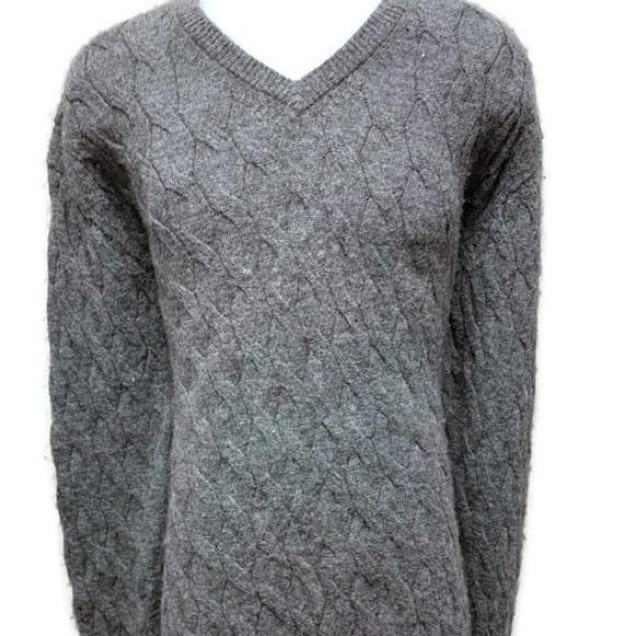 033d41611068 Daniel Cremieux Sweaters